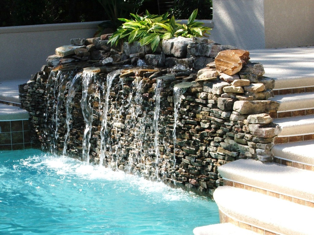 awesome_pool_water_fountains_ideas