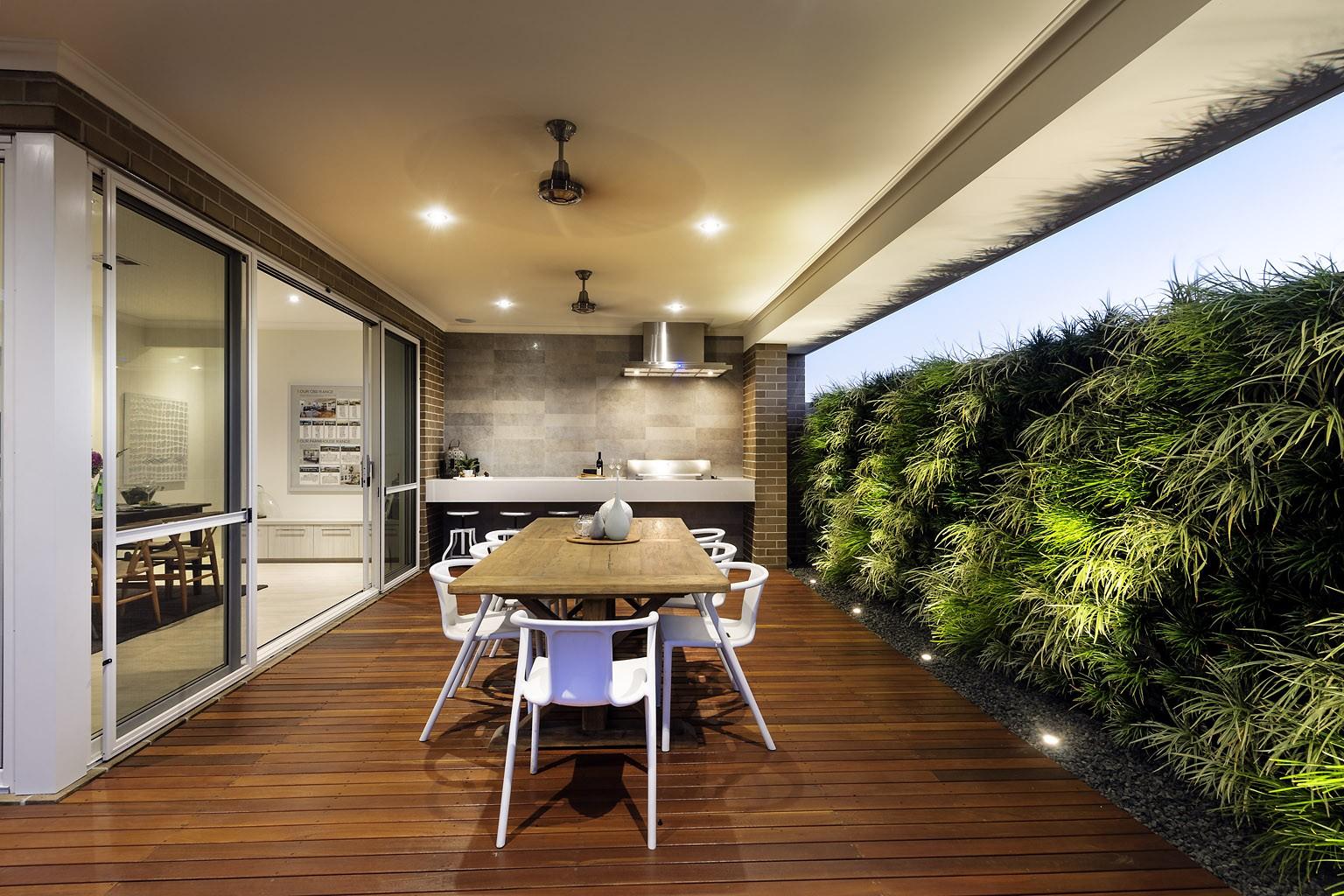 the-vertical-garden-oslo-vertical-garden-20141111003234-546159226dc17